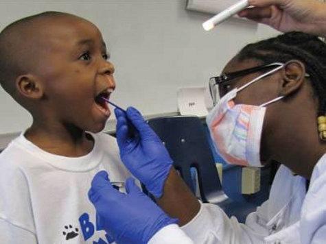 Пломбы ломают детскую психику, утверждают медики