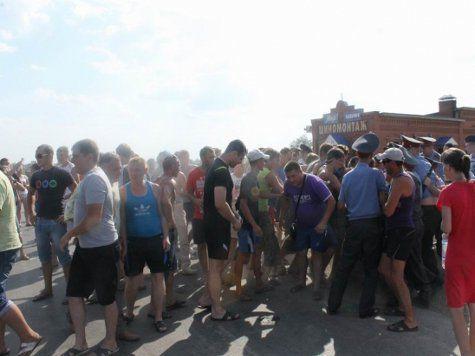 пугачев саратовская область митинг кавказцы приезжие с кавказа чеченцы руслан маржанов