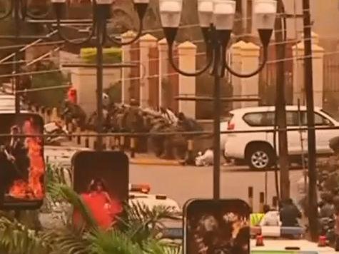Боевики взорвали захваченный ТЦ в Кении