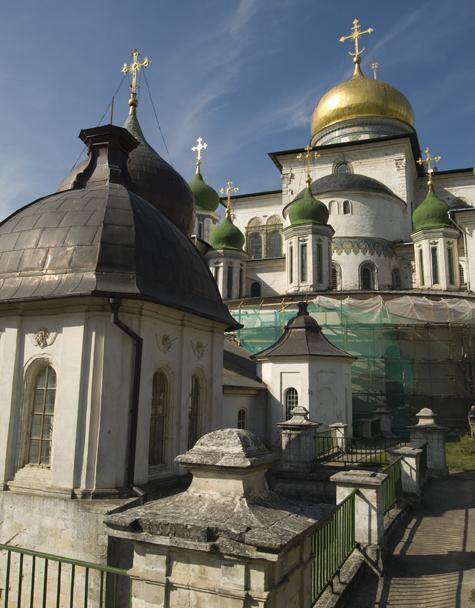 В Ново-Иерусалимском монастыре заменят кирпичи