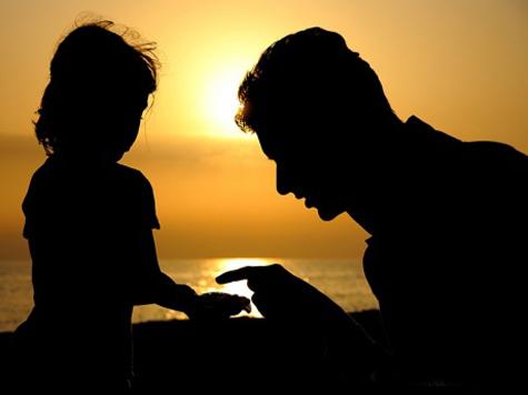 На роль мужа 13-летняя девочка выбрала дядю