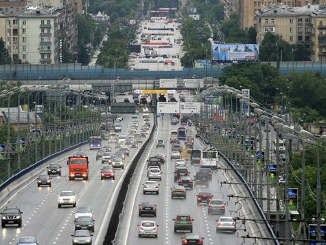 «МК» раскрыл тайну ДТП на Комсомольском