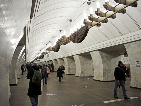 Работу московского метро хотят продлить