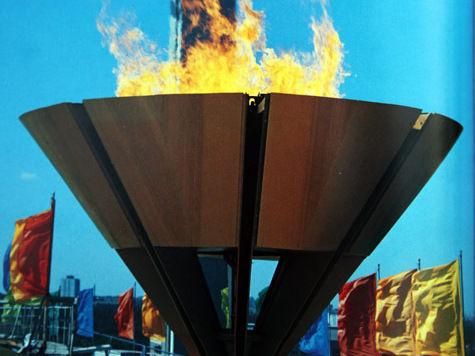 Писатели поиграют с олимпийским огнем