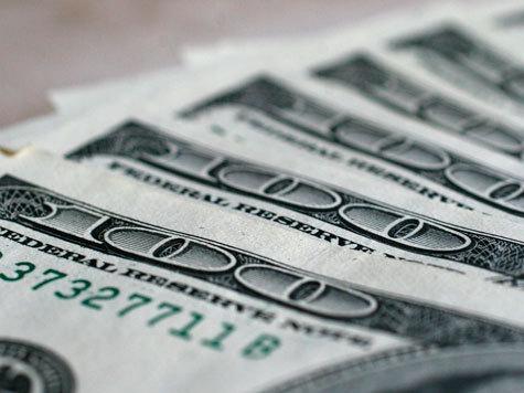 Рубль смог укрепиться по отношению к доллару