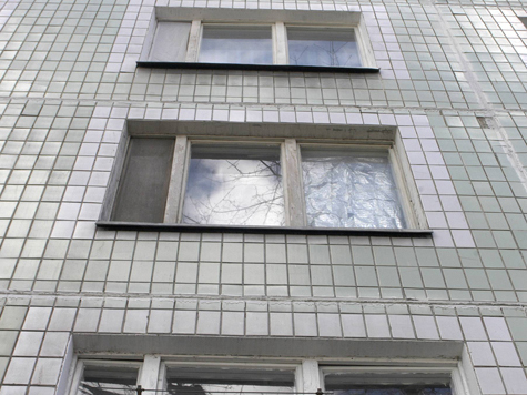 Девочка выжила, упав с пятого этажа, благодаря бельевой веревке