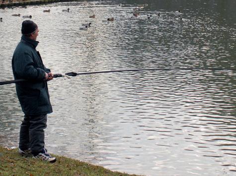 Рыбаков заставят зачехлить удочки на два месяца