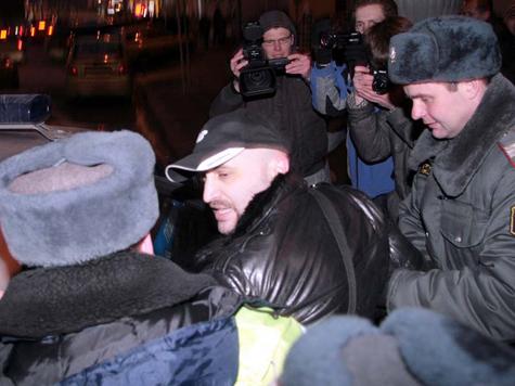 Акция по раздаче палаток закончилась в полицейском участке