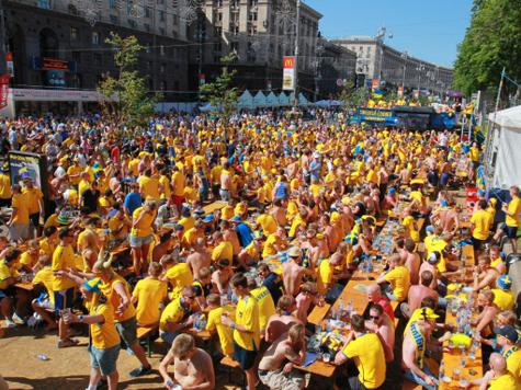 Жизнь болельщиков в Украине протекает весьма бурно