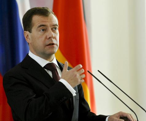 Медведев велел убрать воду