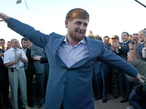 Голливудских звезд просят отказаться от подарков Кадырова