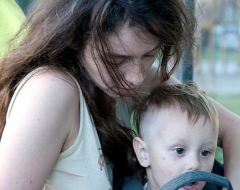 Активистку «Войны» от ареста спасла новорожденная Мама