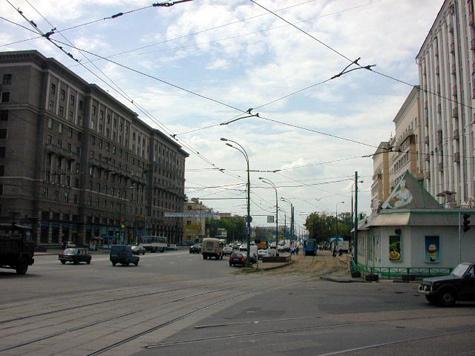 Потоки машин на шоссе Энтузиастов можно будет поворачивать вспять