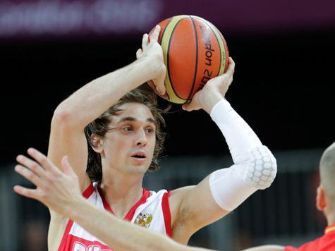 Баскетболист сборной России Швед думает получить гражданство США