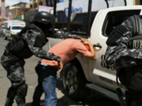 Украинец ударил ножом российского вице-консула в Панаме