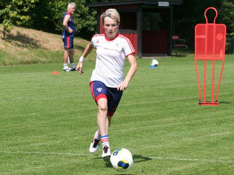 Российские футболистки готовятся к старту Евро-2013