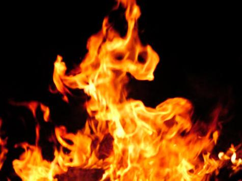 Убийцы начали сжигать студента с головы