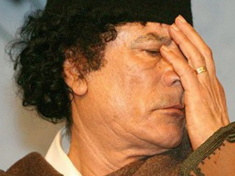 Каддафи ранен и доставлен в больницу