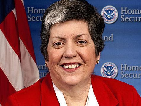 Министр национальной безопасности США уходит в отставку