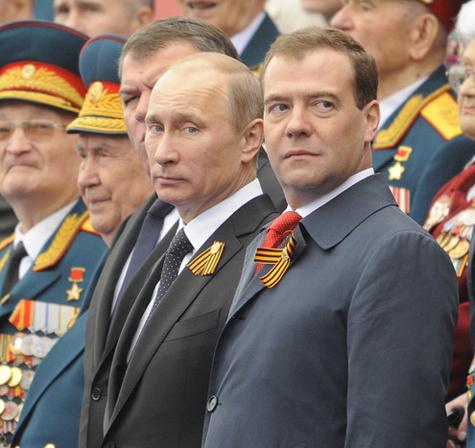 Медведев показал, кто в Белом доме хозяин