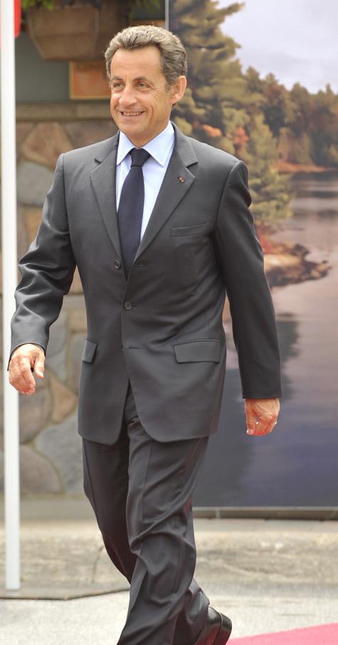 Саркози намерен остаться на посту