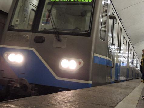 Конфликт пассажиров метро начался со стрельбы глазами