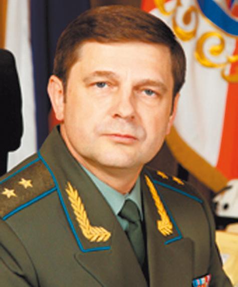 Генерал-лейтенант ОлегОстапенко.