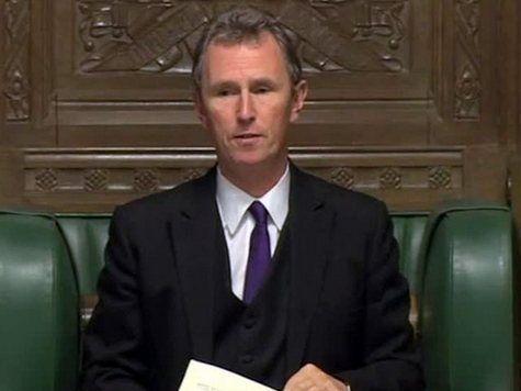 В Британии вице-спикер Палаты общин - насильник мужчин!