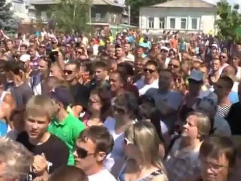 Националистов, съезжающихся в Пугачев, задерживают по дороге