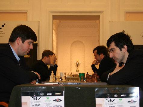 Стартовал матч Каспаров – Илюмжинов