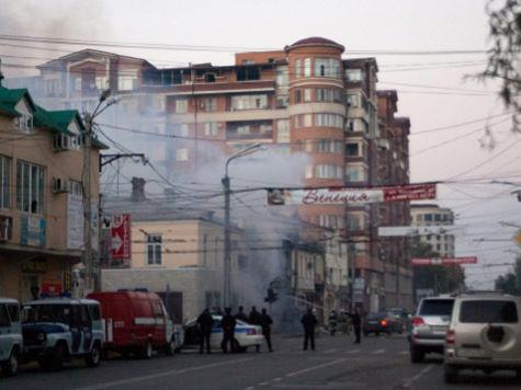 В Махачкале полицейский спас людей от взрыва и сам получил серьезные травмы