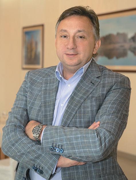 Олег ЖОЛОБОВ: «Главные направления– массовый спорт и строительство спорткомплексов»