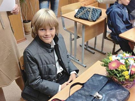 Дубцова и Кравец проводили детей в первый класс