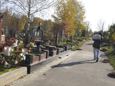Участникам битвы под Москвой отвели почетное место на кладбище