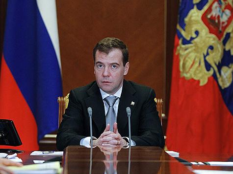 Медведев вспомнил, что он юрист