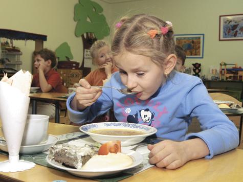 Родители против «завтрака юного туриста»