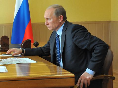 Путин отправит к «восьмерке» Медведева