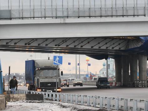 Ярославское шоссе разделят отбойниками