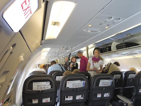 В самолетах будут рады любому количеству инвалидов