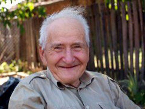 Удивительный случай с Малкольмом Майаттом: Инсульт сделал его счастливым