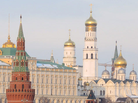 Летающий над Кремлем объект старался не попадаться на глаза президенту
