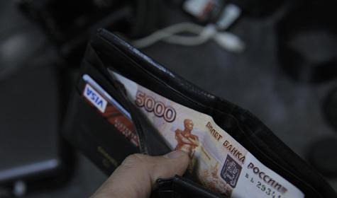 Полицейским увеличили зарплату за счет премий