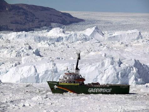 Корабль специально вморозят во льды Северного ледовитого океана