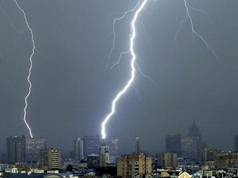 Матч Украина - Франция отменен из-за сильного дождя
