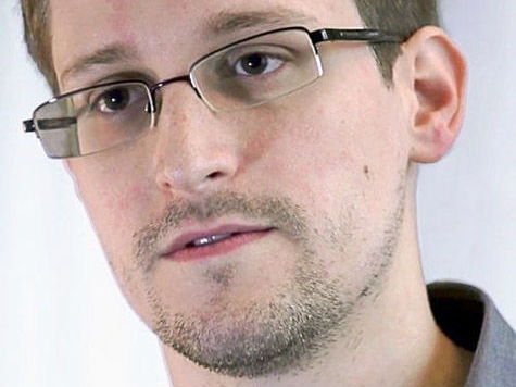 Эдварду Сноудену компенсировали разрыв со спецслужбами