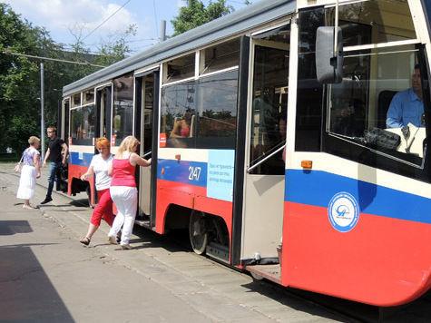 На шоссе Энтузиастов образовалась пробка из 60 трамваев