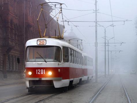 Автомобилисты поделятся своим праздником с водителями трамваев
