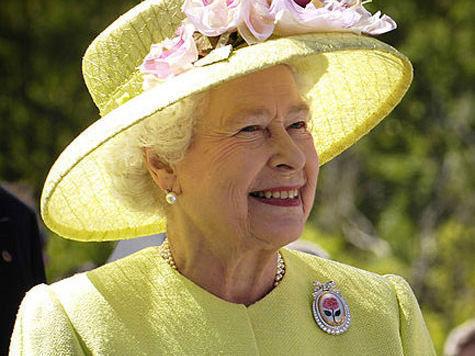Полиция ломает голову над тем, как уберечь королеву