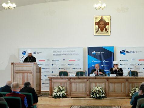 РПЦ увидела экстремистов в мигрантах из Средней Азии