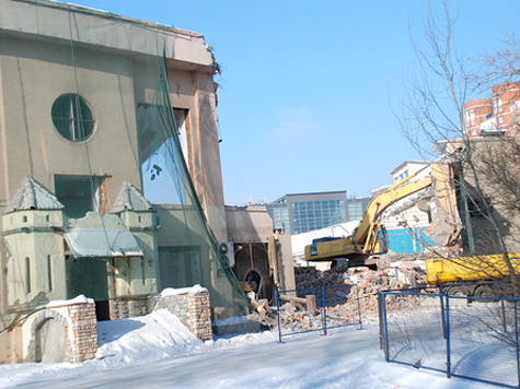 Стадион «Динамо» сносят под предлогом реконструкции?